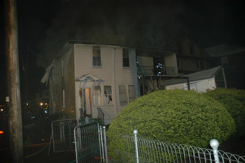 MOUNT CARMEL HOUSE FIRE 5-2-2010 009.JPG