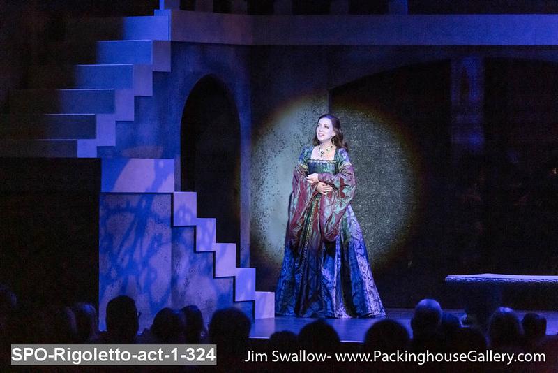 SPO-Rigoletto-act-1-324.jpg