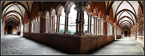 Chiaravalle della Colomba: Abbazia (Piacenza)