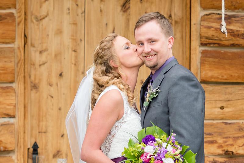 2017-05-19 - Weddings - Sara and Cale 5258.jpg