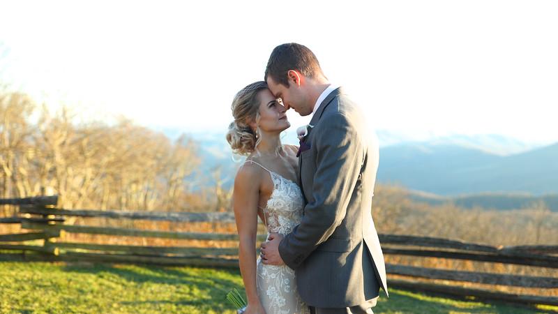 Elizabeth & Ryan | Wedding at The Wintergreen Resort in Wintergreen, VA