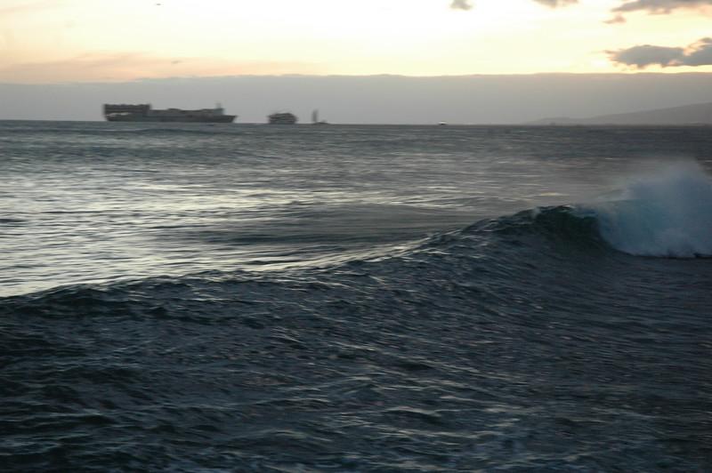 Hawaii - Ala Moana Beach Sunset-168.JPG