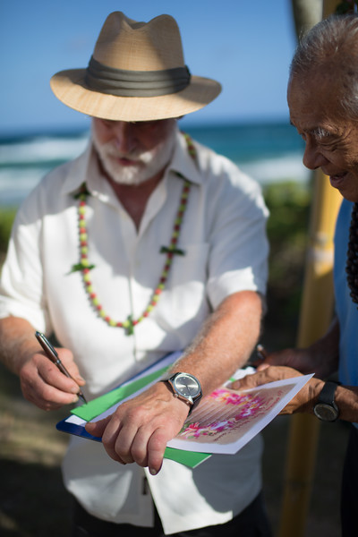 gillin beach kauai wedding-125.jpg