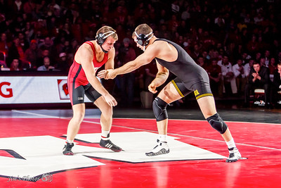 UW Sports - Wrestling - Jan 15, 2016