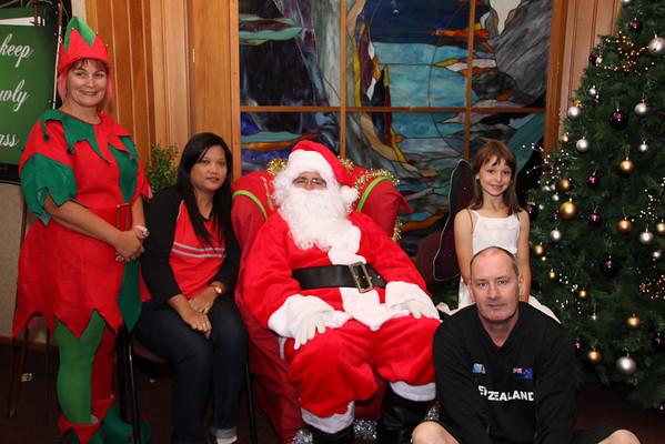 Santa's Grotto Sunday 22.12.13