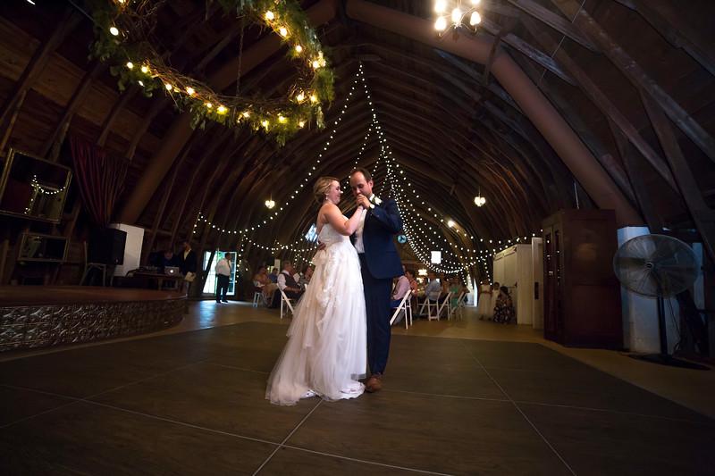 Garrett & Lisa Wedding (579).jpg