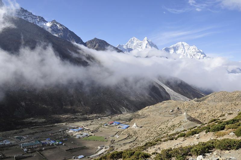 080519 3077 Nepal - Everest Region - 7 days 120 kms trek to 5000 meters _E _I ~R ~L.JPG