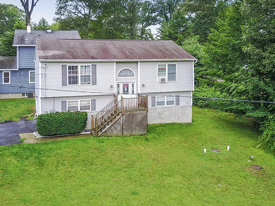 53 Fairlawn dr West Milford