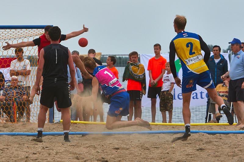 Molecaten NK Beach Handball 2015 dag 2 img 538.jpg