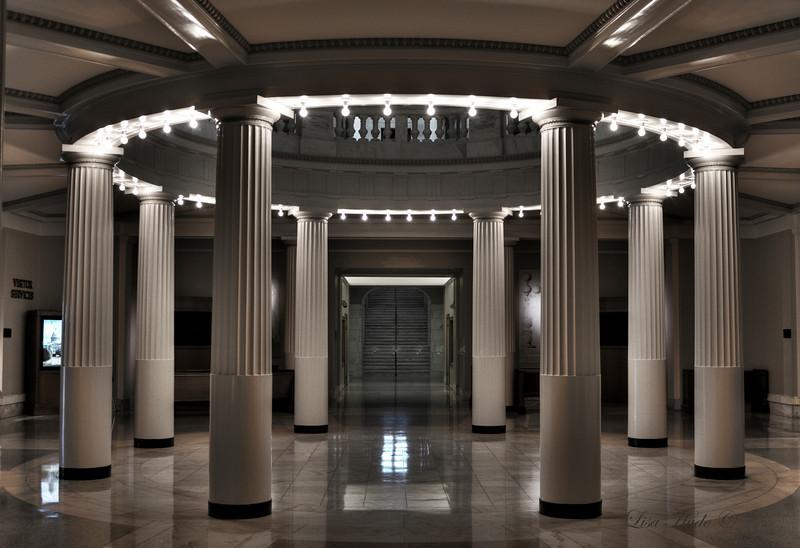 Lower floor of rotunda at AR State Capitol