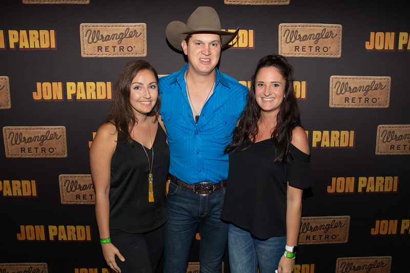 828-jon-pardi_ryman_night1_10_01_19.jpg
