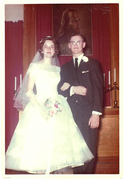1960-CharlesHenryHilton_CarolAnnWelch_WeddingPhoto-01.jpg