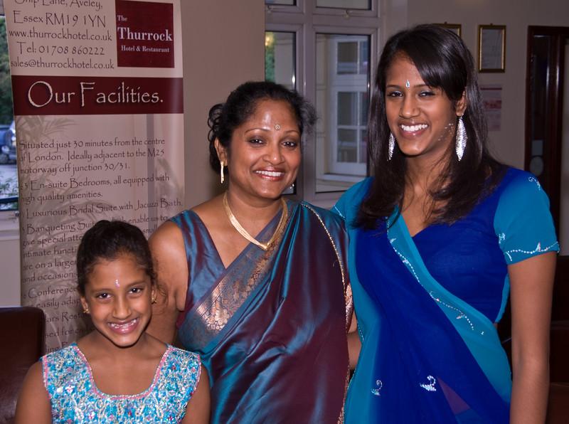 Shiv-&-Babita-Hindu-Wedding-09-2008-023.jpg