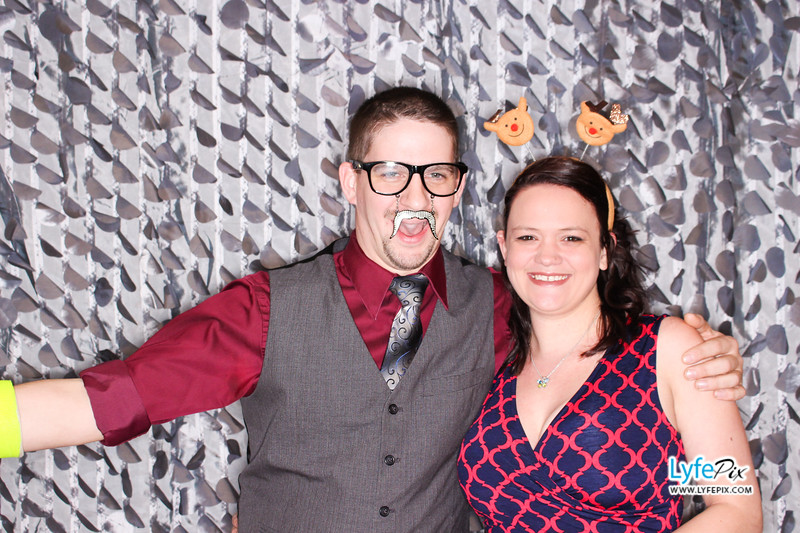 red-hawk-2017-holiday-party-beltsville-maryland-sheraton-photo-booth-0055.jpg