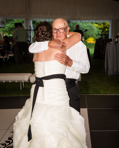 Lizzy & Aaron's wedding day at Spindletop 6.22.13.