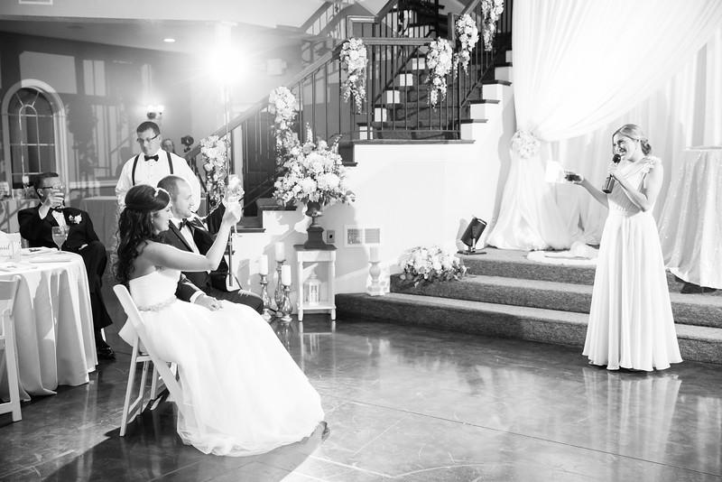 0943_Josh+Lindsey_WeddingBW.jpg