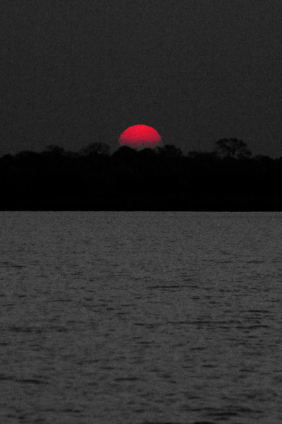 _D038901 Sunset on the Zambezi River.jpg