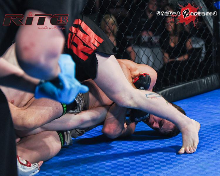 RITC43 B05 - TJ Penner def Brendan Blacquier_combatcaptured-0029.jpg
