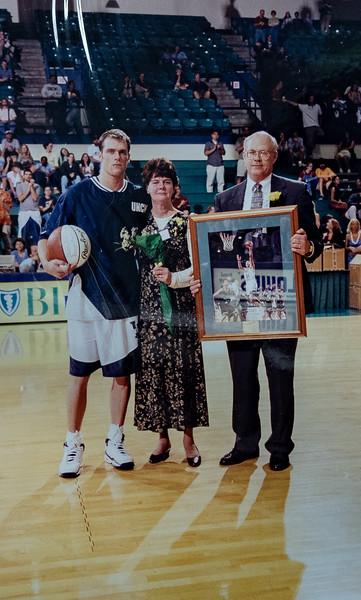UNCW Basketball 99-00-23.jpg