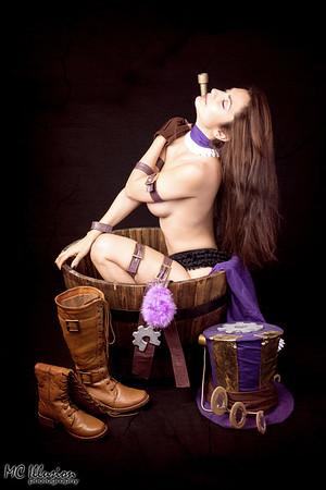 Caitlyn Burlesque - Ivy Cosplay