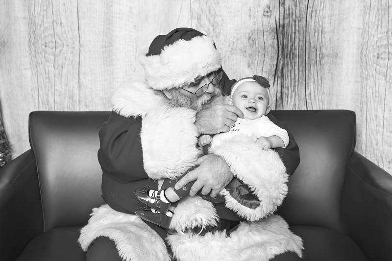 Ameriprise-Santa-Visit-181202-5066-BW.jpg