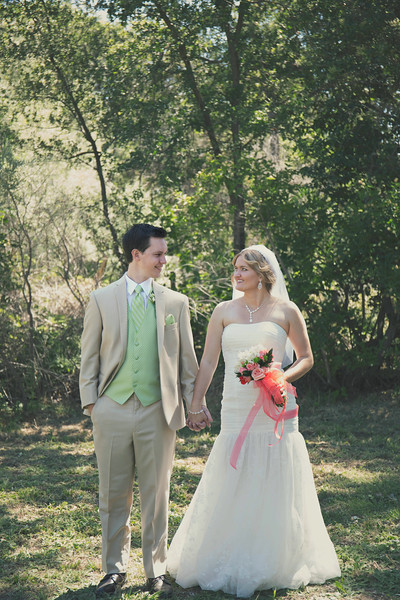best-sacramento-modern-photographer-couple.jpg