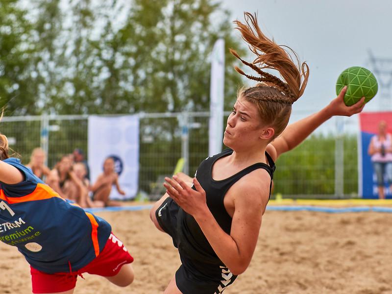 Molecaten NK Beach Handball 2017 dag 1 img 407.jpg