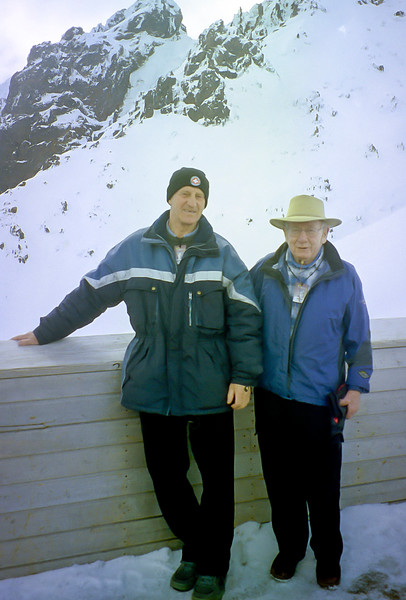 JER Mathews with Tom Sharp on Mt Ruapehu a.jpg
