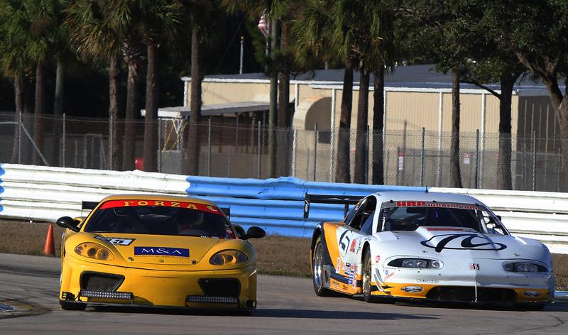 D1-HSR-SebClassic-12-3-16_0346-#15-Ferrari-#5-Olds-Dark.jpg