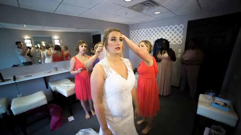 Laura & AJ Wedding (0148).jpg