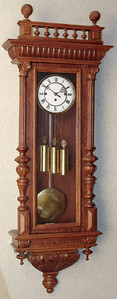 VR-378 - Altdeutsche 3 weight Vienna Regulator by Gustav Becker in a very heavy oak case