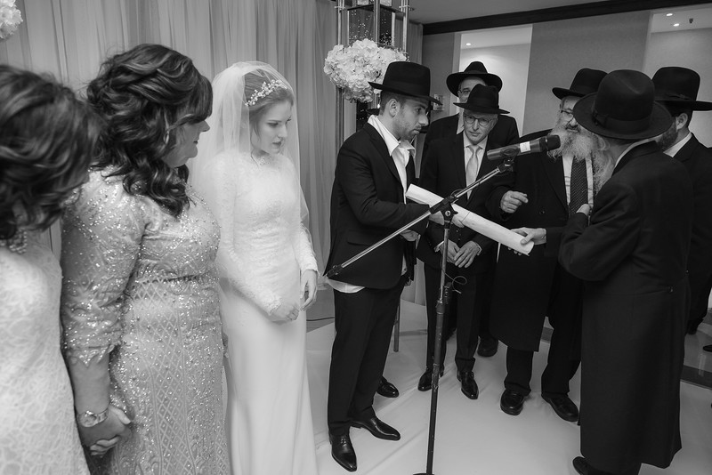 Miri_Chayim_Wedding_BW-583.jpg