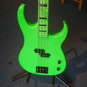 Dean Custom Zone 4-String Bass Guitar Nuclear Green, Used