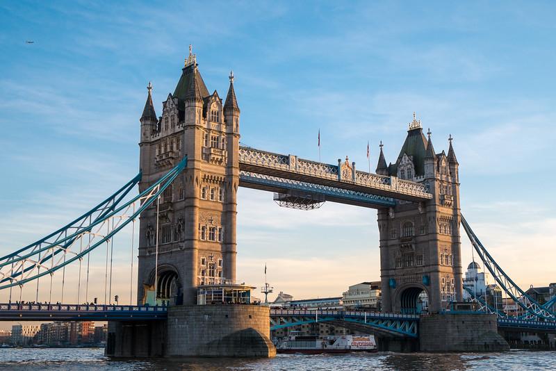 Canonical Tower Bridge Photo