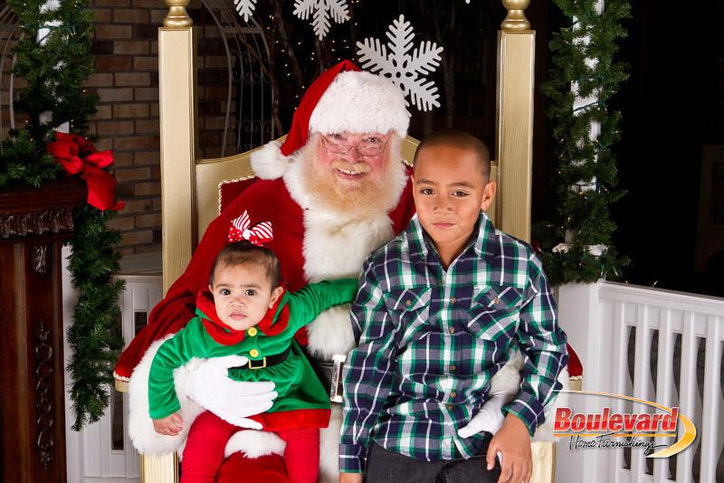 Santa Dec 8-40.jpg