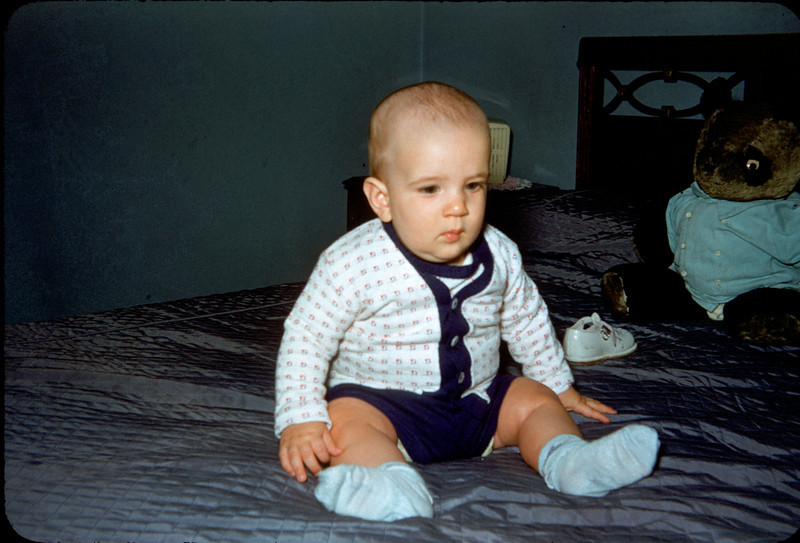 chunky baby richard on bed.jpg