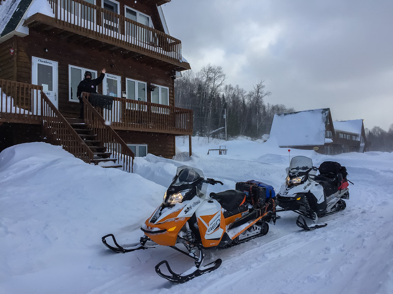 snowmobile-quebec-22.jpg