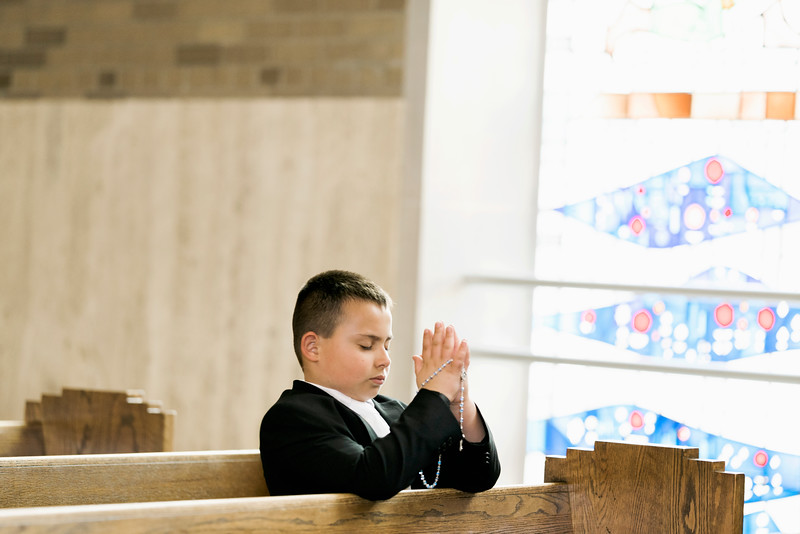 2019-divine-child-dearborn-michigan-first-communion-pictures-intrigue-photography-session-22.jpg