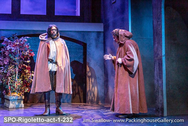 SPO-Rigoletto-act-1-232.jpg