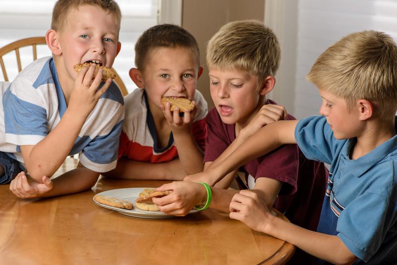 Kids & cookies-8.jpg