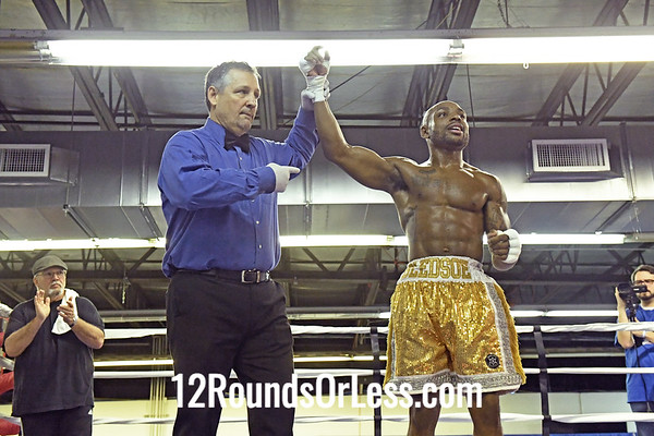 Bout 9:   Pro Boxing Eric Bledsoe, Red Wrist Wraps vs Javier Frazier, Blue Wrist Wraps