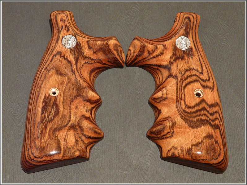 Bocote wood; Double Speedloader Cutout