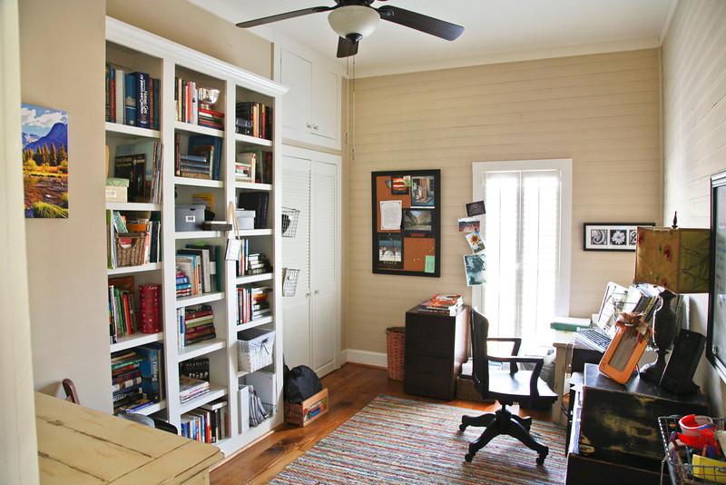 guest bedroom / study