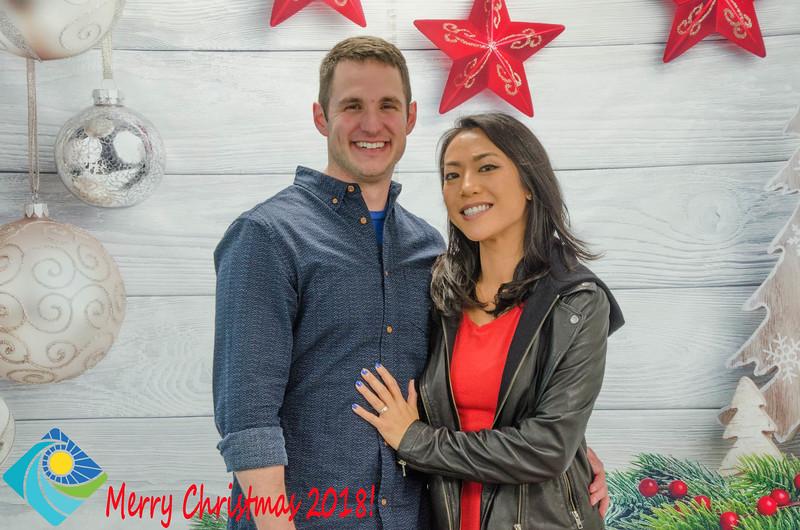 Christmas Photobooth 2018 Sunday-194.jpg