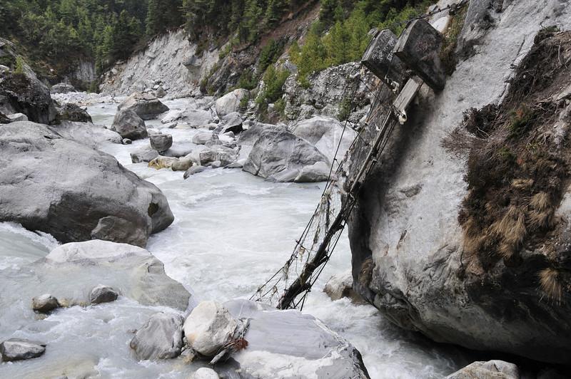 080517 2857 Nepal - Everest Region - 7 days 120 kms trek to 5000 meters _E _I ~R ~L.JPG