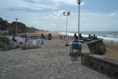 Albufeira, Algarve : along the beach