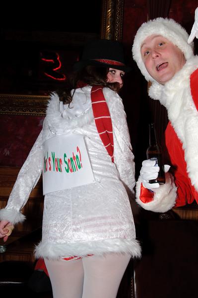 2009 ALS Santa Crawl-69.jpg