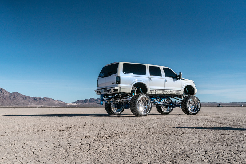 @lady_luck_excursion v.2 2016 @Ford Excursion Conversion 30x16 #GENESIS CONCAVE 42x16.5r30 @FuryOffroadTires-29.jpg