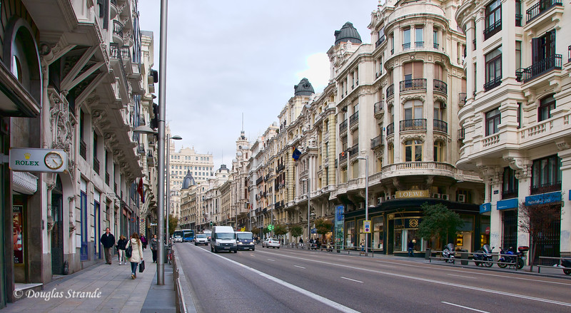 Tue 3/08 in Madrid: Looking down the Gran Via