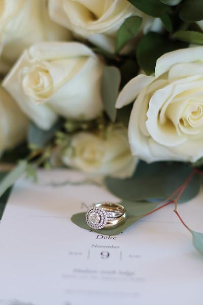 Elegant-Southern-Coastal-Wedding-Neutral-And-White-Details-Photography-By-Laina-Dade-City-Tampa-Area-Wedding-Photographer-Laina-Stafford--17.jpg